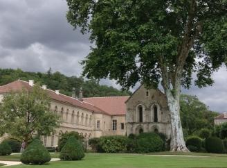 abbaye-de-fontenayjpg1.jpg